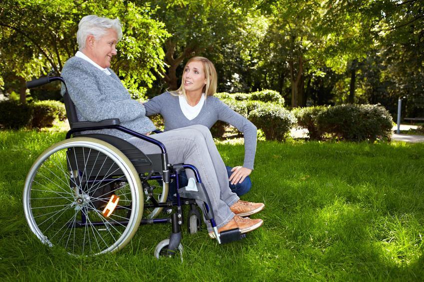 Качественный уход за стариками